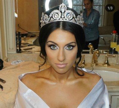 Makeup, Reign of Beauty